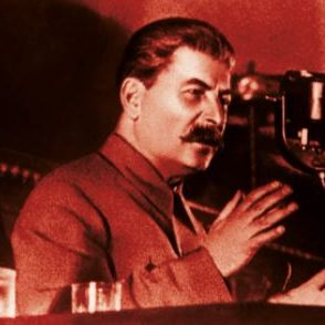 Stalinismen og Dens Rødder